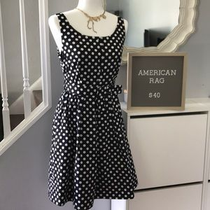 Rockabilly polka dot dress size M